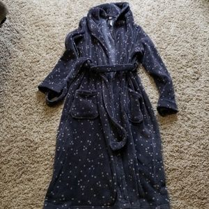 Gillian & O'Malley polka dot robe size S/M
